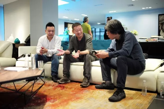 此外,杭州知名设计师林森,孙洪涛老师也代表杭州设计新势力与大家分享